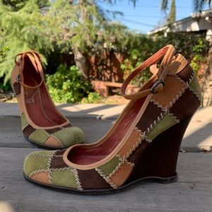 Vince Camuto tan ankle strap patchwork wedges